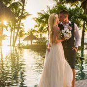 Gabija et Audrius : un mariage no stress sous les cocotiers de l'île Maurice