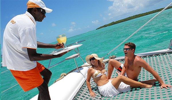 Catamaran-Cruises